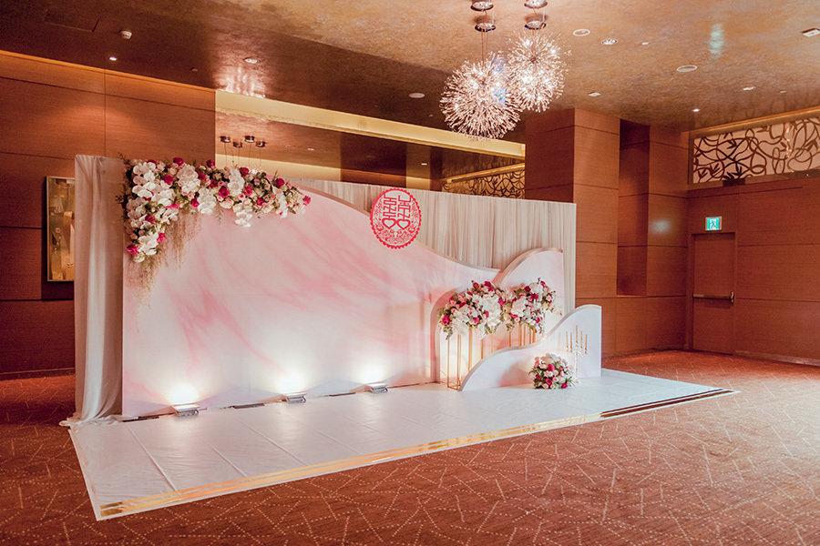 Backdrop chụp ảnh cưới là gì? Tại sao cần có backdrop chụp ảnh cưới?